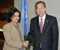 General Assembly President Haya Rashed Al Khalifa and Ban Ki-moon UN Photo #126952